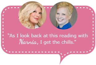Tori Spelling gets a pet reading with Psychic Sonata x7581